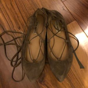 Steve Madden Grey Suede Lace Up Flats